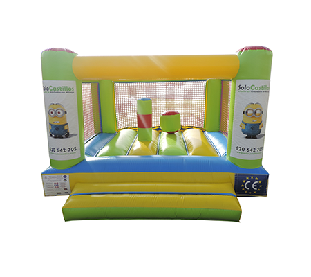 Castillo hinchable plataforma con obstaculos para niños de uno a cinco años