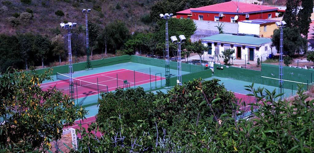 Pistas de tierra batida del club de tenis